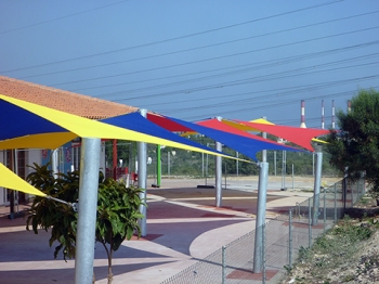 Commercial 95 340gsm Custom Made Shade Sails
